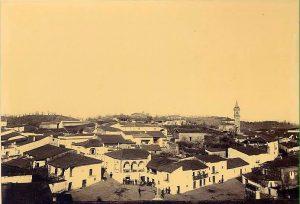Foto la plaza de fuenteheridos a finales del siglo XIX